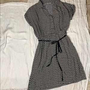Ann Taylor Loft size 4 floral print dress